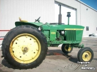 Tractors John Deere 3020 2WD POWER SHIFT TRACTOR MN USA
