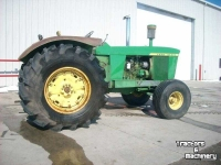 Tractors John Deere 5010 2WD MANUAL TRANSMISSION TRACTOR MN USA