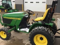 Tractors John Deere 4115 MFWD 410 LOADER COMPACT TRACTOR CO USA