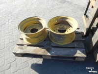 Wheels, Tyres, Rims & Dual spacers John Deere 9-18